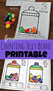 FREE Counting Jelly Beans Early Reader - these free printable math worksheets help preschool and kindergarten kids practice numbers 1-11, writing numbers, one to one correspondence and more with a fun Easter theme #jellybeans #preschool #counting