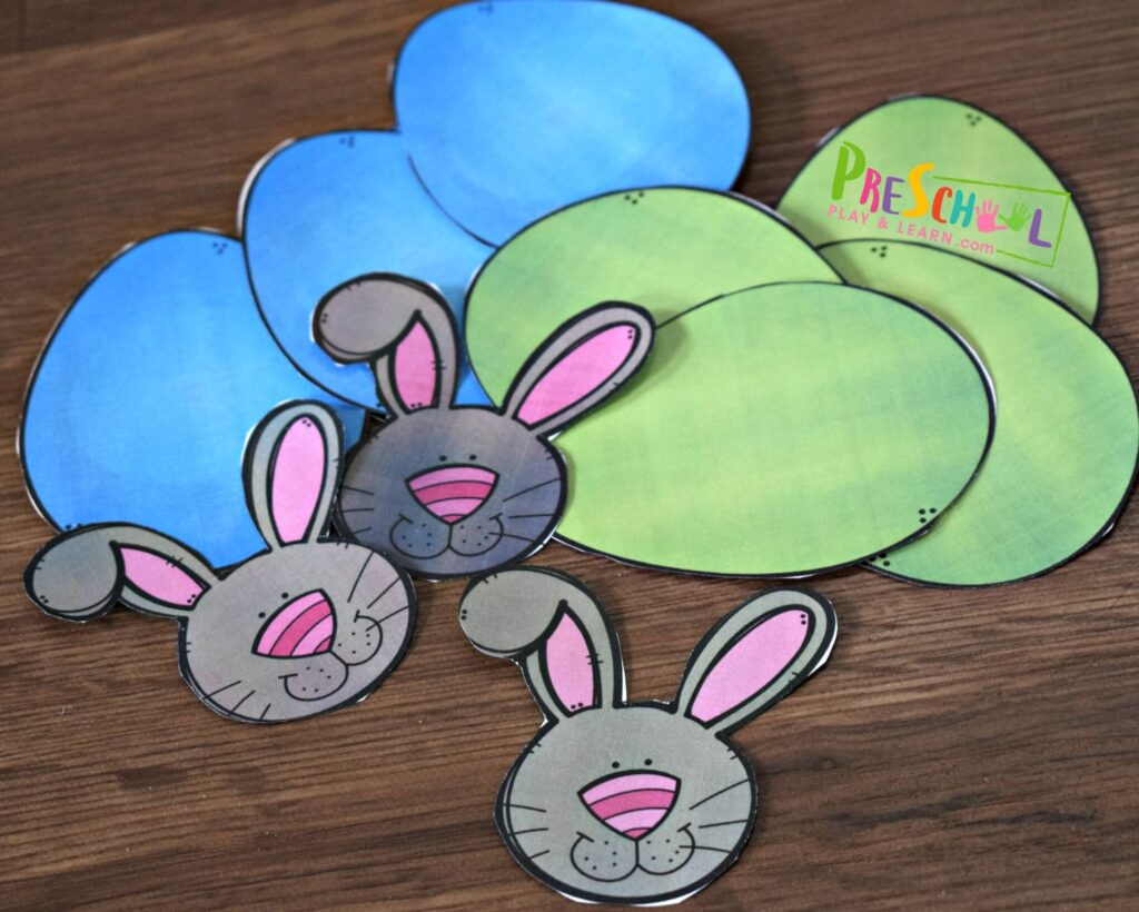 There are lots of color options to make this printable Easter Wreath Craft for kids