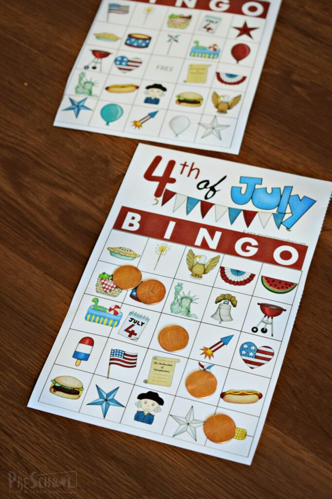 Fourth of July Bingo - such a fun 4th of July game for families to play together as they celebrate American Independence Day #fourthofjuly #printablegames #familygames