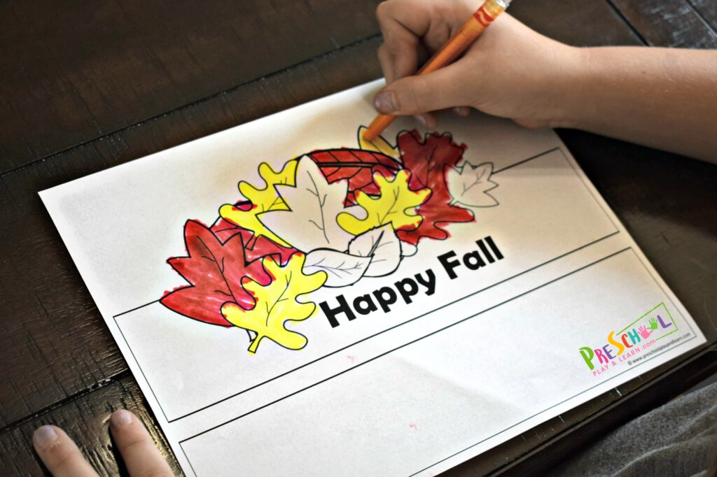 Super cute printable hats to make as a Fall Craft for Preschoolers, toddlers, and kindergartners