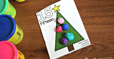 These free Christmas Printables are perfect for toddler, prek, and kindergarten age kids to practice counting with playdough mats