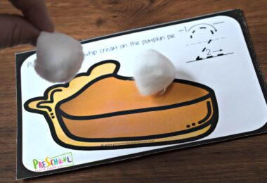 clever pumpkin counting activity for preschoolers and kindergartners