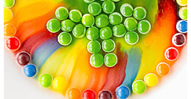 Impress your kids with this pretty rainbow science experiment that is not only educational, but really fun too. This st patricks day science is perfect for toddler, preschool, pre-k, kindergarten, and first grade students. As it only requires a couple simple materials, you can try this st patricks day activity when you only have 5 minutes for a quick st patricks day activity for preschoolers!