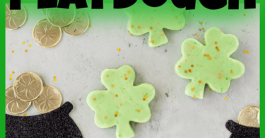 Round out yourSt Patricks Day Theme with some fun-to-play-withSt Patricks Day Playdough! Use this to practice counting, forming, numbers, strengthening hand muscles and more with toddler, preschool, pre-k, kindergartner, and first grade students. ThisSt Patricks Day activity is perfect for March!