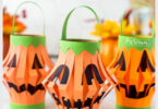 This super cute a Jack-o-Lantern craftis quick and easy to make. ThisHalloween lantern DIYuses common supplies you already have at home to make the jack o lantern paper craft. Make one of thepumpkin lanterns craft or a whole punch to line your stairs or hang. Use these halloween craft ideaswith toddler, preschool, pre-k, kindergarten, first grade, and 2nd graders too.